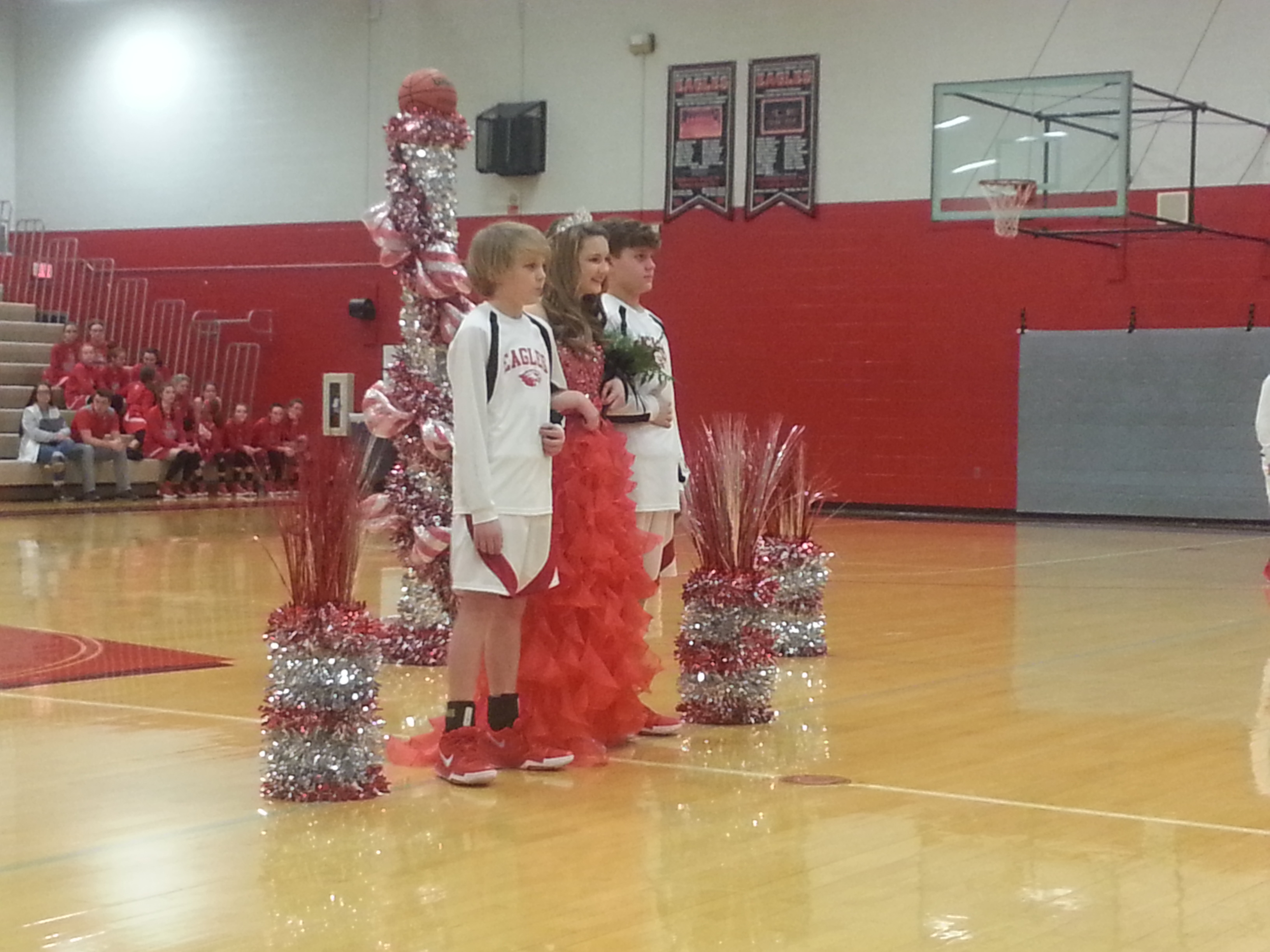 WMS Homecoming Queen ... Ms. Taylor Witzel is crowned before the basketball games begin.  (01/08)